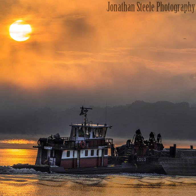 The Tugboat Gotham - Prepared for Luck - Jonathan Steele Photography